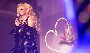 sosie-dalida-spectacle-show-hommage-sandysims